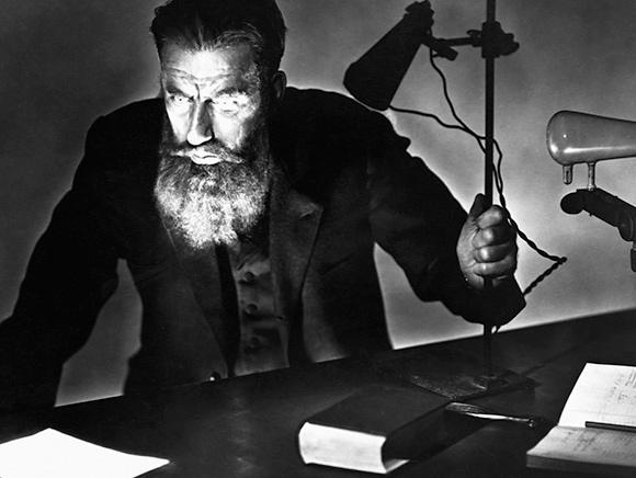 Nov. 8, 1895: Roentgen Stumbles Upon X-Rays
